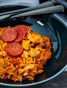 pressure king pro chicken and chorizo paella 6L
